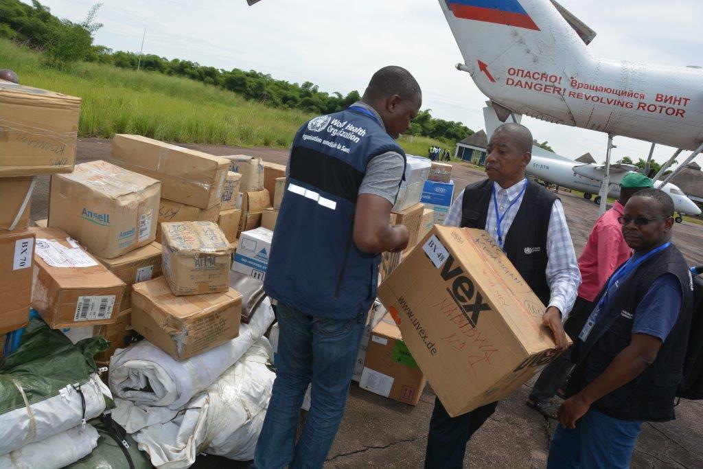 Autoridades de la RD Congo en la ciudad de Likati en atención sanitaria del ébola